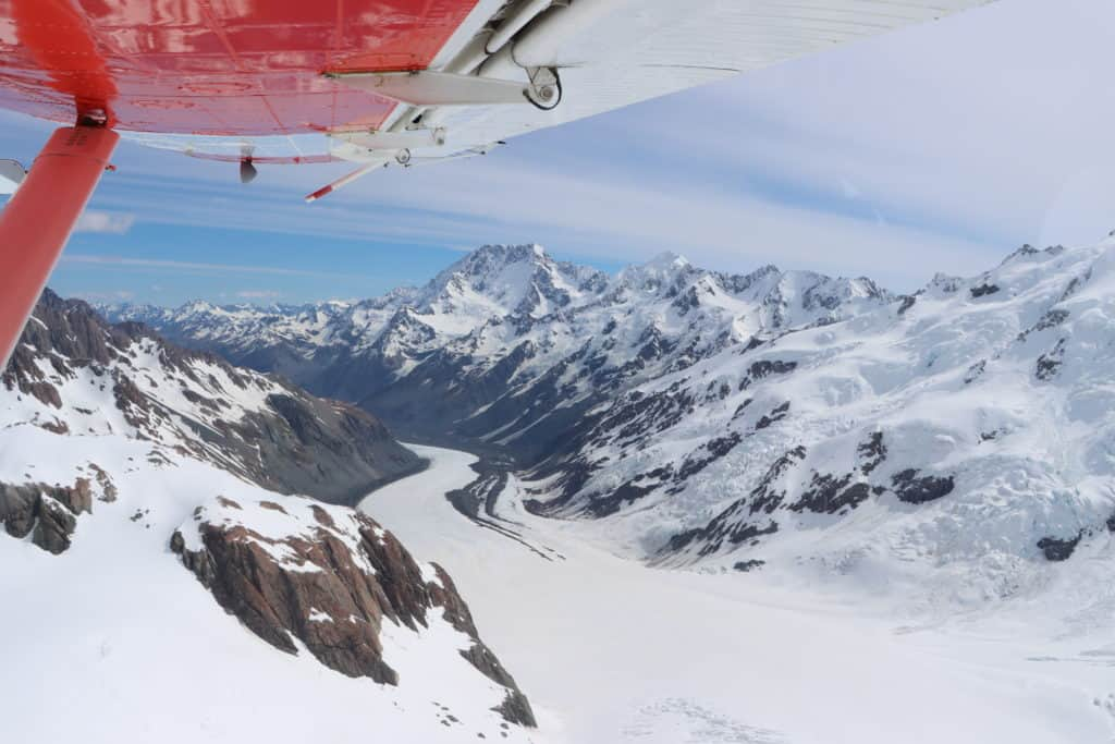 Mt Cook Ski Planes and Helicopters